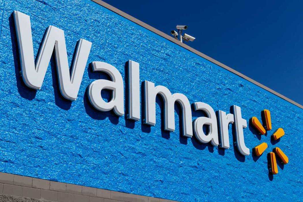 Two men with handguns in their waistbands alarmed shoppers when they entered a Kansas City-area ...