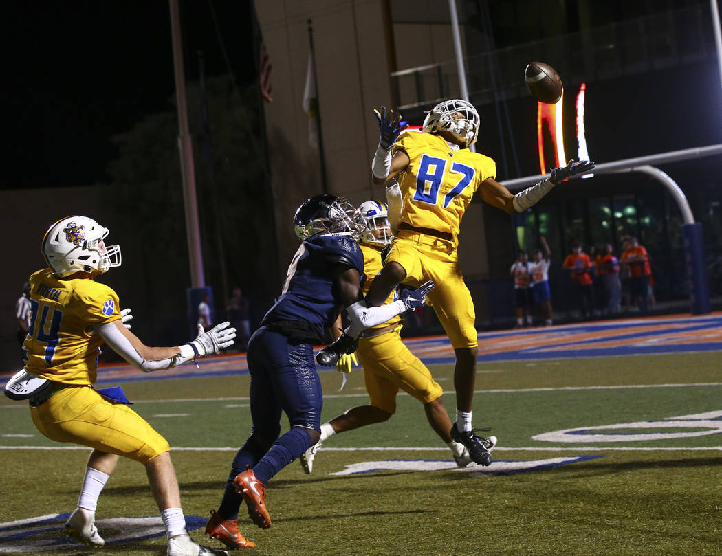 Orem's Jakob Robinson (87) tries to intercept a pass intended for Bishop Gorman during the firs ...