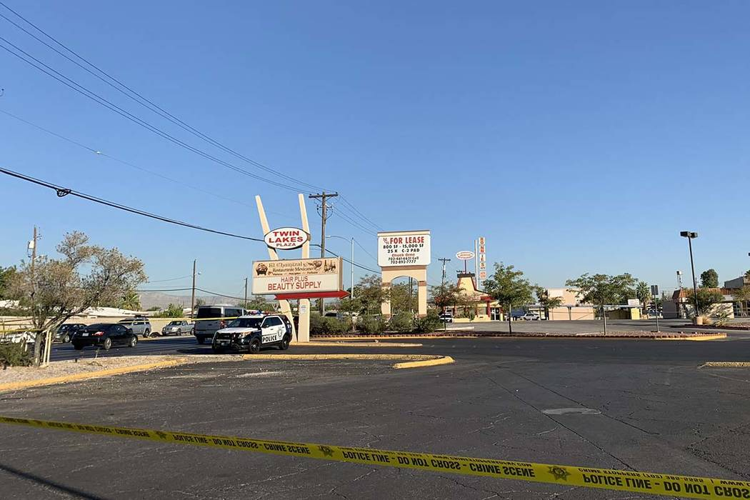 Las Vegas police investigate a homicide at Rancho Drive and Washington Avenue, Thursday, Aug. 2 ...