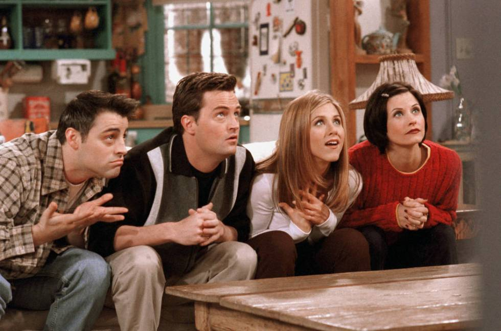 "A still from the ""Friends"" episode ""The One with the Embryos"" (NBCUniversal, Inc.)"