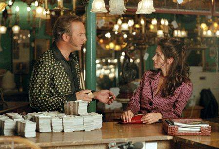 """Kevin Costner and Courteney Cox in """"3000 Miles to Graceland."""" (3000 Miles to Graceland Producti ..."""