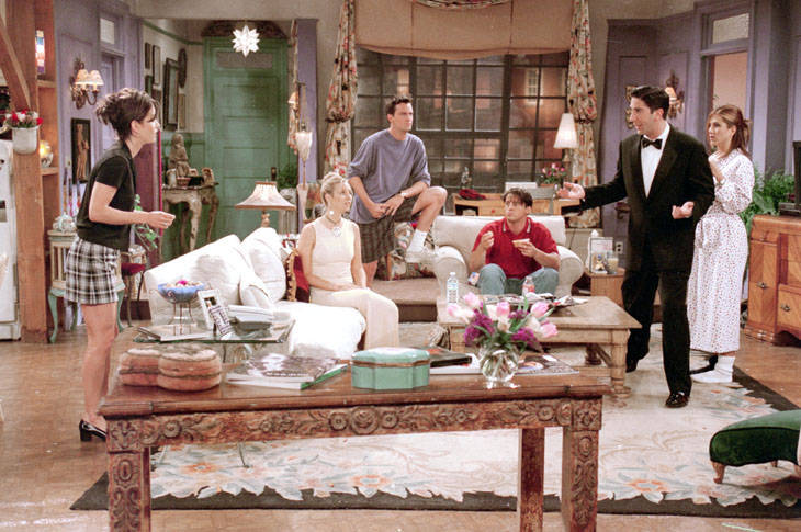"""A still from the """"Friends"""" episode """"The One Where No One's Ready"""" (NBCUniversal, Inc.)"""