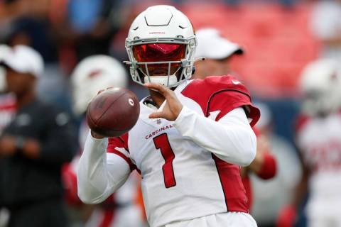 Arizona Cardinals quarterback Kyler Murray (1) warm up prior to an NFL preseason football game ...