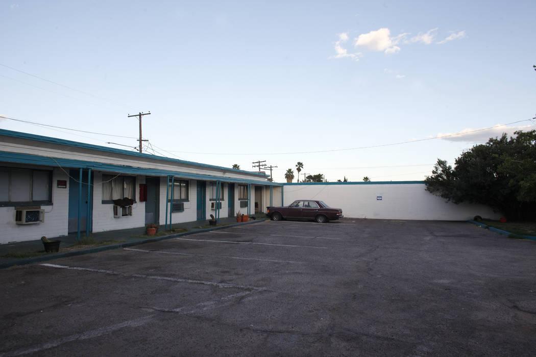 The Safari Motel at 2001 Fremont St., in Las Vegas, April 18, 2017. (Rachel Aston/Las Vegas Re ...