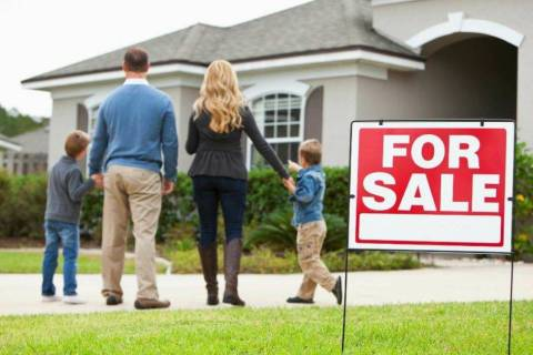 Sellers can do some work on their homes to help them sell before the holiday festivities begin. ...