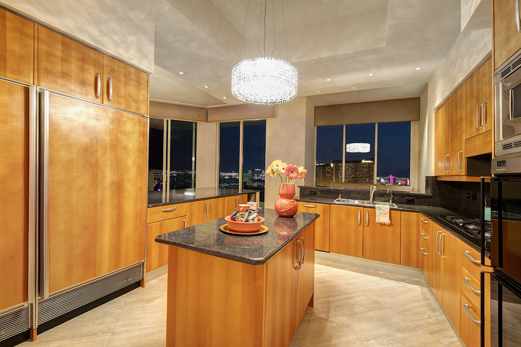 The kitchen in the Turnberry Place penthouse. (Berkshire Hathaway HomeServices)