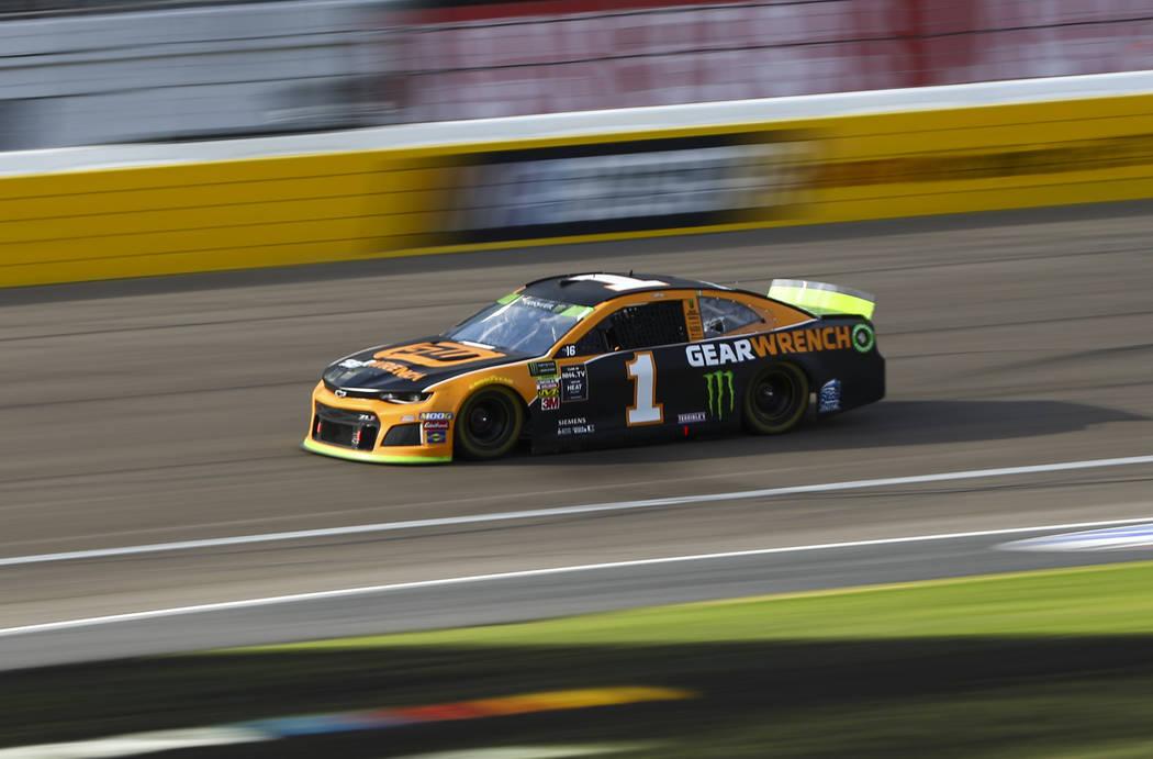 Kurt Busch (1) drives during a NASCAR Cup Series auto race at Las Vegas Motor Speedway, Sunday, ...