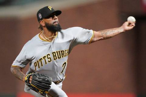 Pittsburgh Pirates pitcher Felipe Vazquez throws to a San Francisco Giants batter during the ni ...