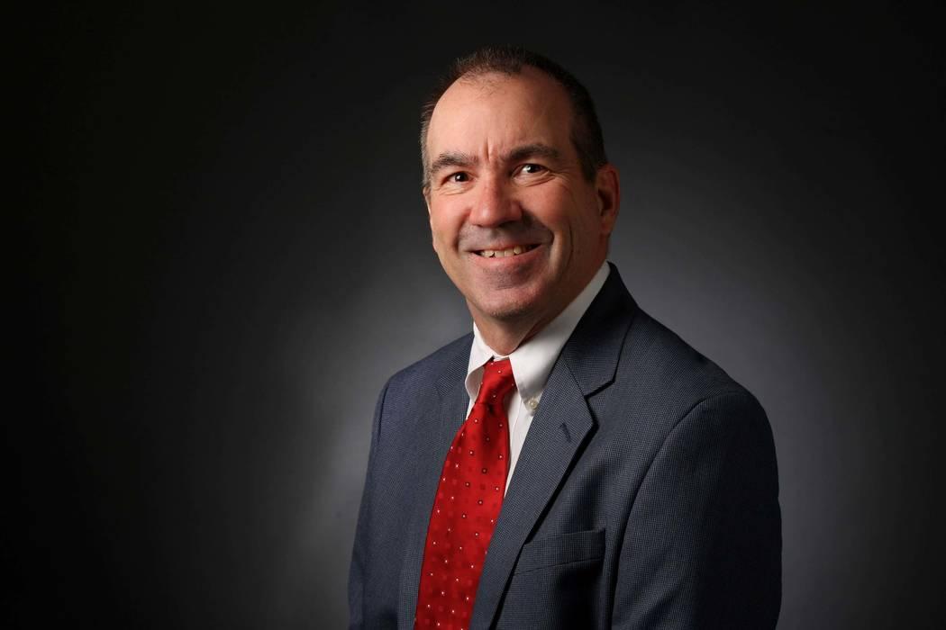Ron Kantowski, sports reporter, poses for a portrait at the Las Vegas Review-Journal photos stu ...