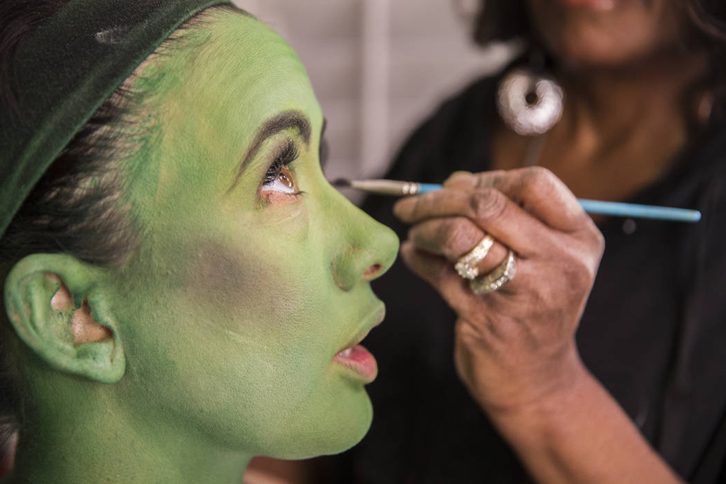 Wicked Actress Goes Green For Her Las