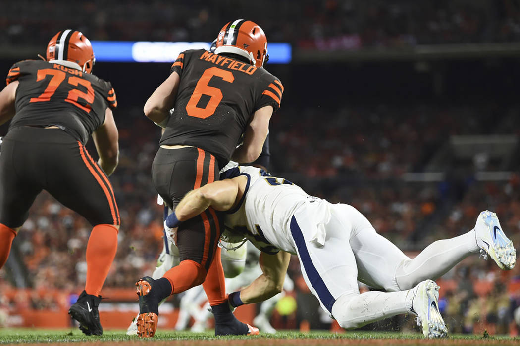 Los Angeles Rams outside linebacker Clay Matthews (52) sacks Cleveland Browns quarterback Baker ...