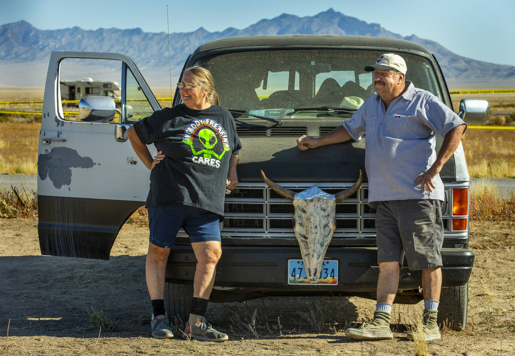 Festivalgoers Susan Newcomb and Johnny Johnson of Carson City take one more glance before depar ...
