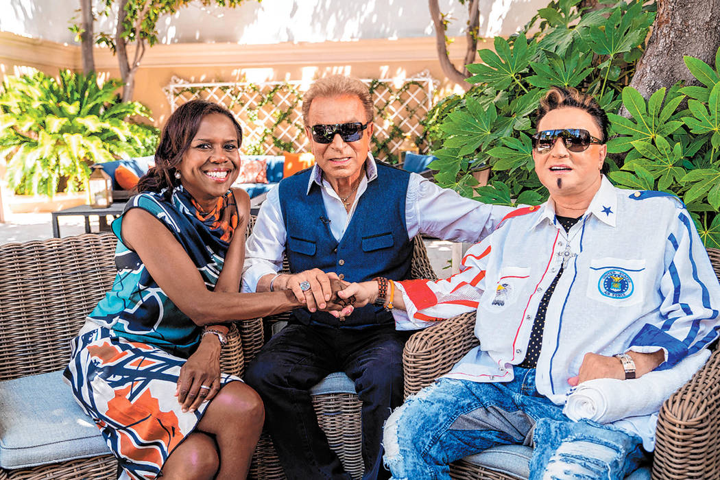 "Deborah Roberts of ABC with Siegfried and Roy in Las Vegas on ""Good Morning America."" (ABC)"