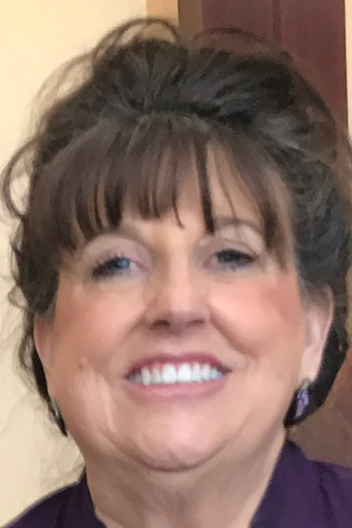 Mitzi Mills