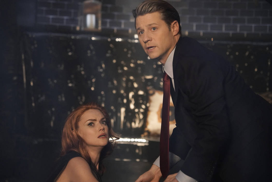 """GOTHAM: L-R: Erin Richards and Ben Mckenzie in the """"The Beginning..."""" series finale ..."""