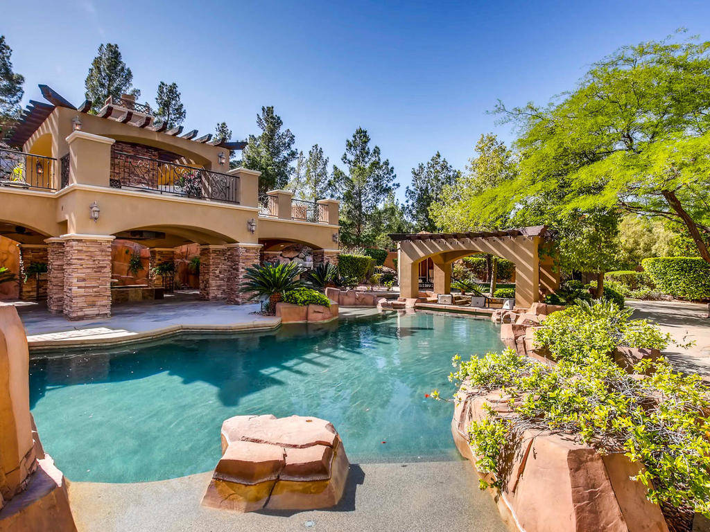 The pool was designed by Ozzie Kraft Pools.