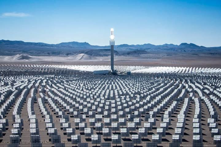 SolarReserve operates Crescent Dunes Solar Energy Project near Tonopah. (Las Vegas Review-Journ ...