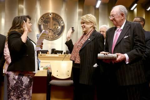 Las Vegas Mayor Carolyn Goodman and her husband, former Mayor Oscar Goodman. (K.M. Cannon/Las V ...