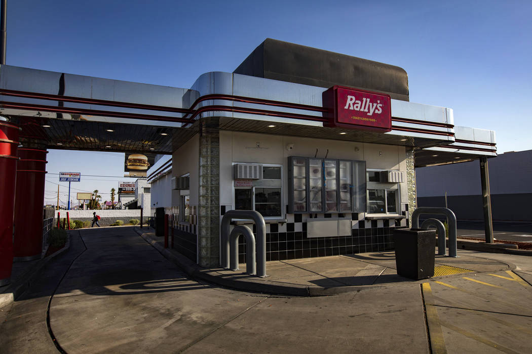 The RallyÕs fast food restaurant on Desert Inn Road and Boulder Highway in Las Vegas, Wedn ...
