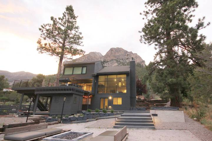 This modern cabin at Mount Charleston is at Echo View. (Mount Charleston Realty Inc.)