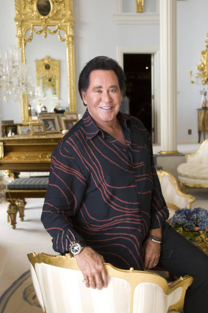 Wayne Newton at his Casa de Shenandoah ranch home in Las Vegas, Oct. 20, 2010. (Las Vegas Revie ...