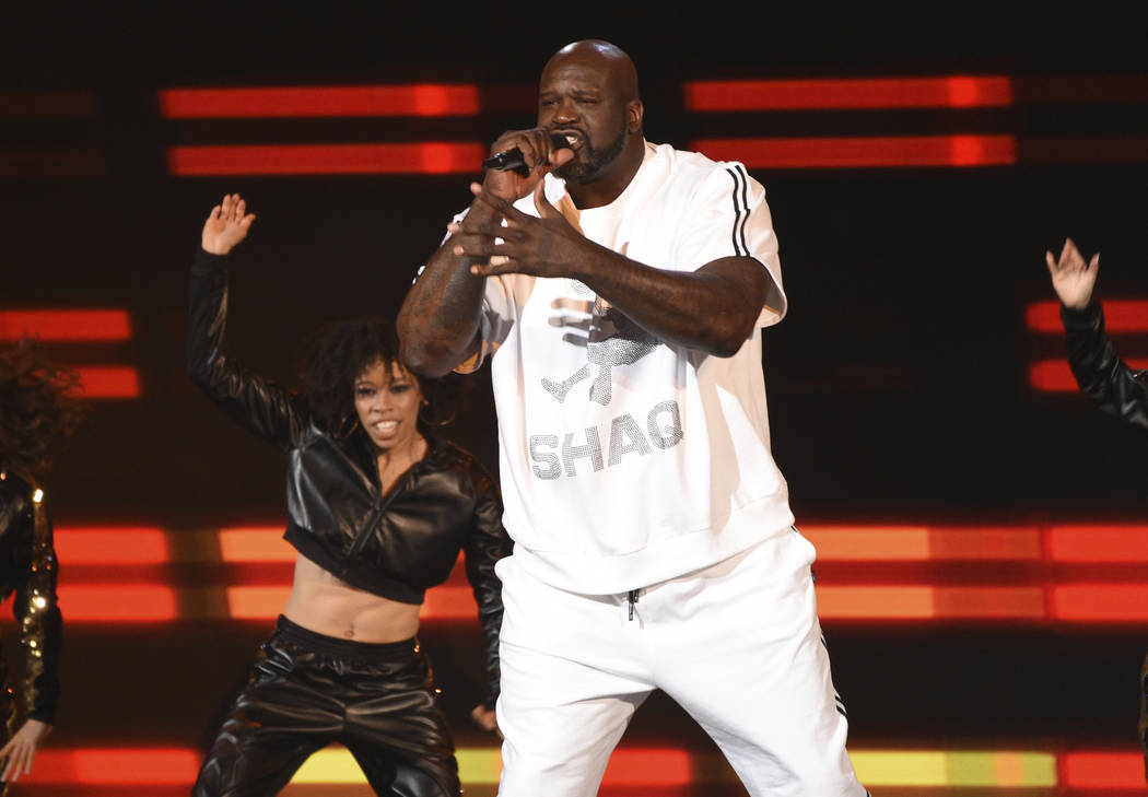 CORRECTS BYLINE TO CHRIS PIZZELLO INSTEAD OF RICHARD SHOTWELL - Host Shaquille O'Neal performs ...