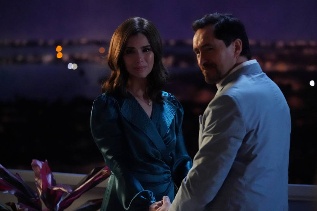 "GRAND HOTEL - ""Dear Santiago"" - Alicia and Javi continue their mission to figure out ..."