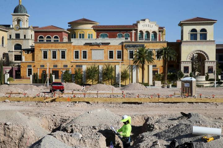 Site work continues on a new Calida Group apartment complex at 8791 Alta Drive in Las Vegas nex ...