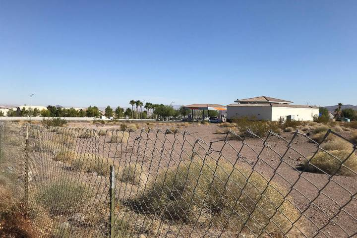 The vacant lot at Mission Drive and Horizon Ridge Parkway could be home to a 70-unit assisted l ...
