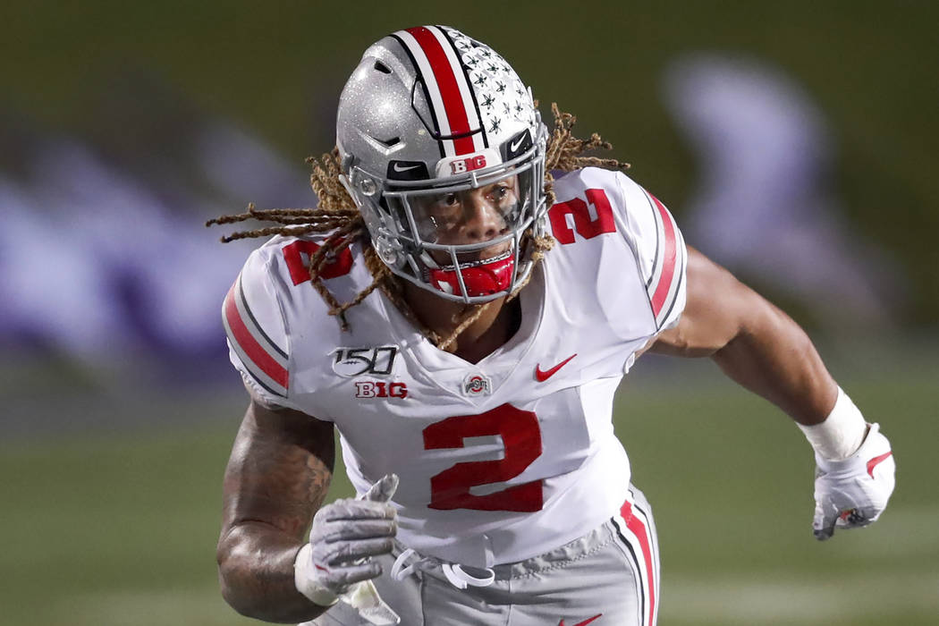 Ohio State defensive end Chase Young rushes the Northwestern quarterback during the second half ...