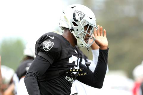Oakland Raiders cornerback Isaiah Johnson (31) wamrs up during the NFL team's training camp in ...
