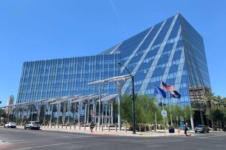 Las Vegas City Hall (Las Vegas Review-Journal/File)
