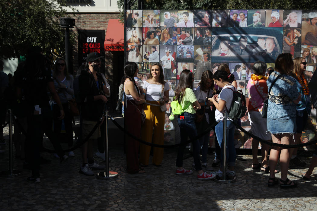 "People wait in line for the ""Friends"" Fan Experience at New York-New York hotel-casino in L ..."