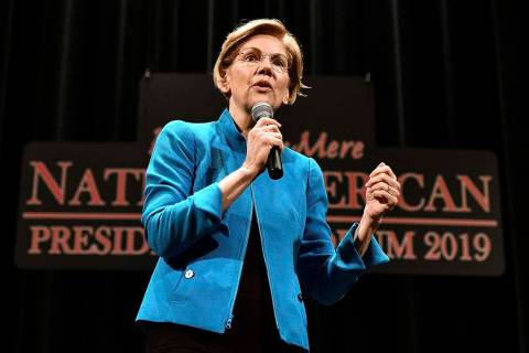 Elizabeth Warren. (Tim Hynds/Sioux City Journal via AP)