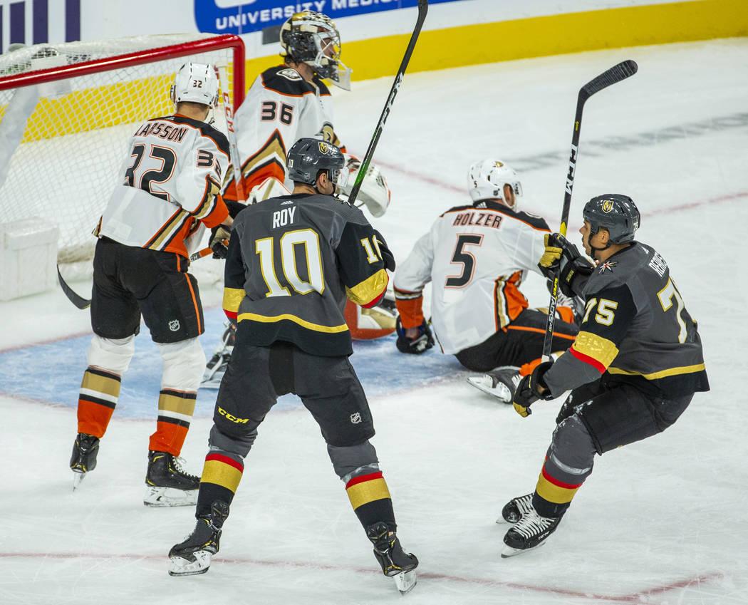 Vegas Golden Knights right wing Ryan Reaves (75) scores over Anaheim Ducks goaltender John Gibs ...