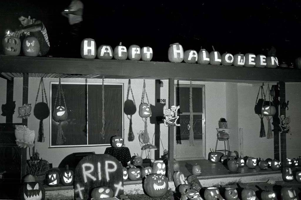 Three-hundred pumpkins died an honorable death to serve as decorations for this home. (Jim Laur ...