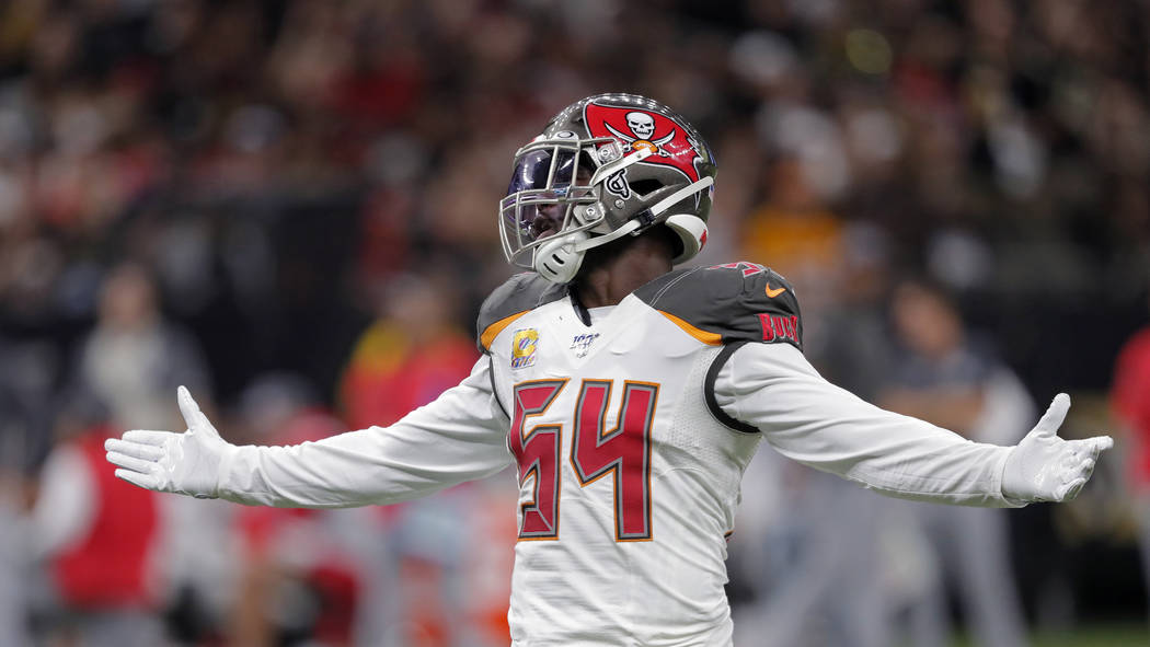 Tampa Bay Buccaneers outside linebacker Lavonte David (54) reacts between plays in the first ha ...