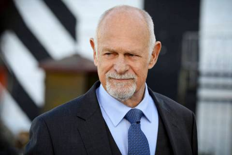 """Hail Mary"" -- Pictured: Gerald McRaney (Retired Navy Admiral Hollace Kilbride). Call ..."