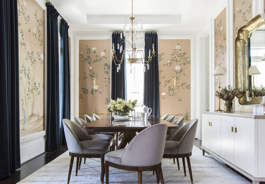Fall floral patterns that were big last year remain popular within the interior world via wallp ...