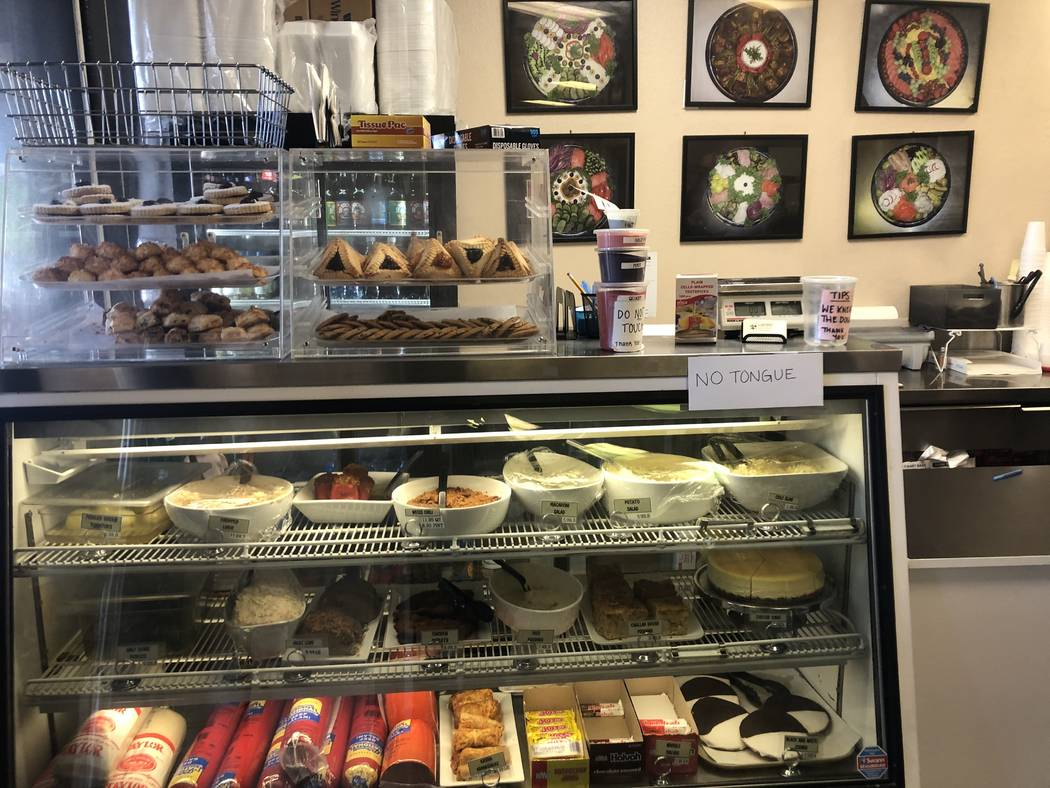 Weiss Deli & Bakery in Henderson (Al Mancini Las Vegas Review-Journal)