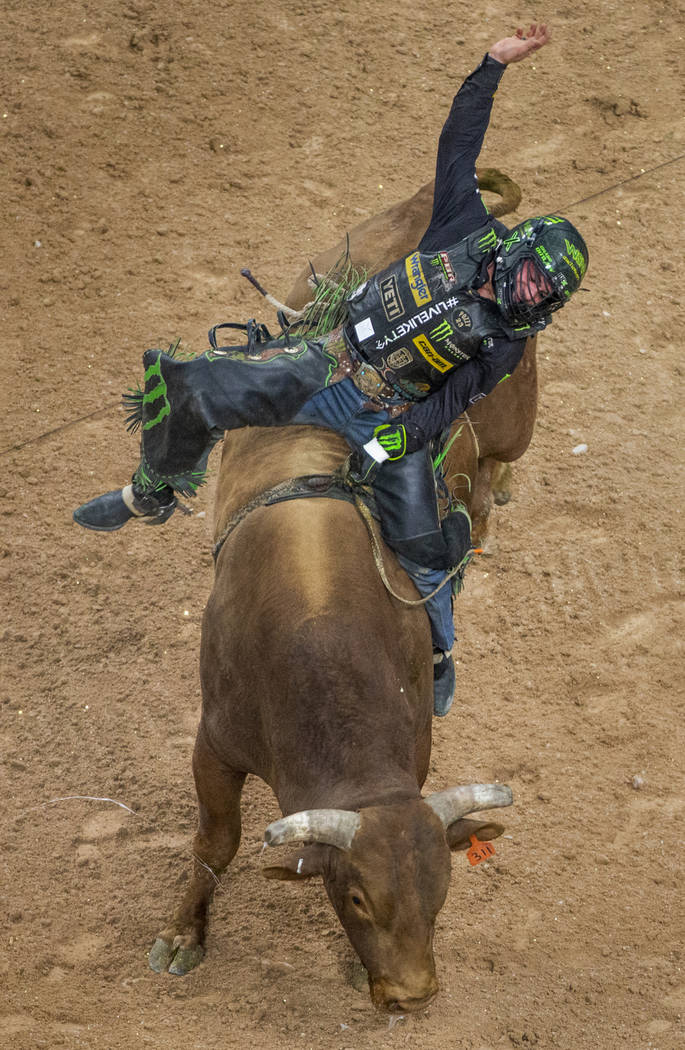 Chase Outlaw makes another successful ride atop of Mason's Missouri Golden during the third day ...