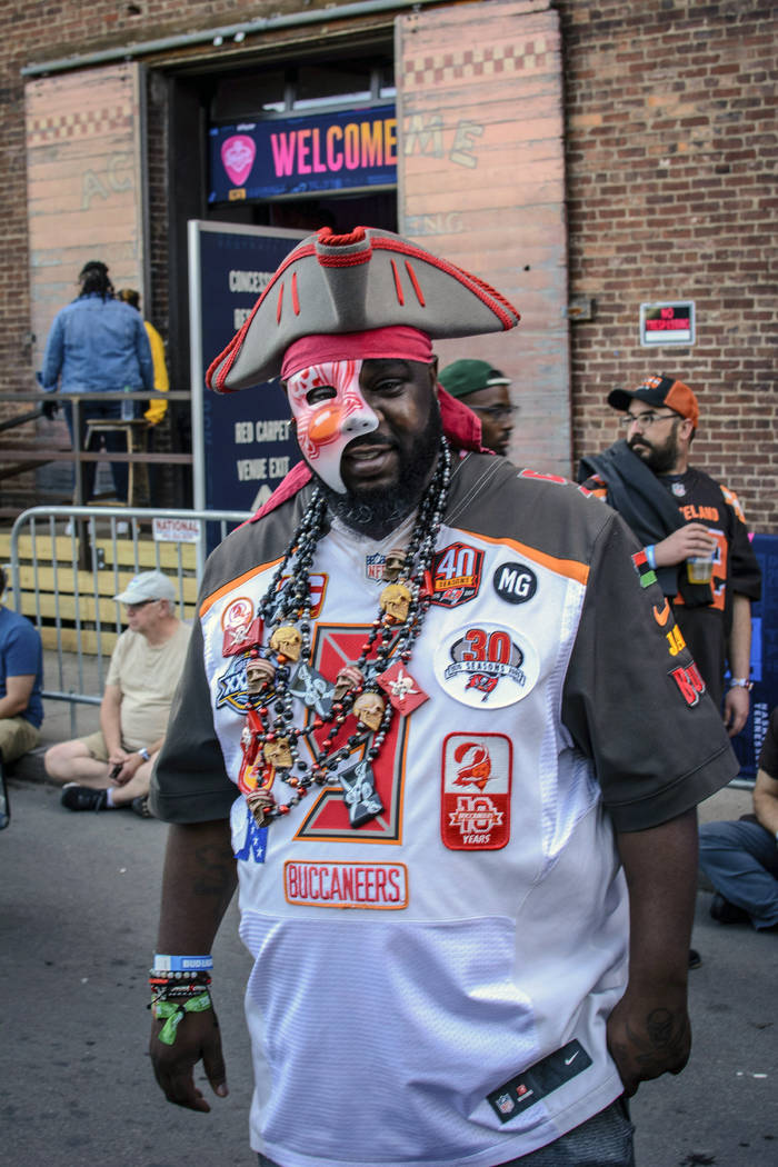 Tampa native and Buccaneer fan Jamal Sanders supports his team during the NFL Draft, Friday, Ap ...