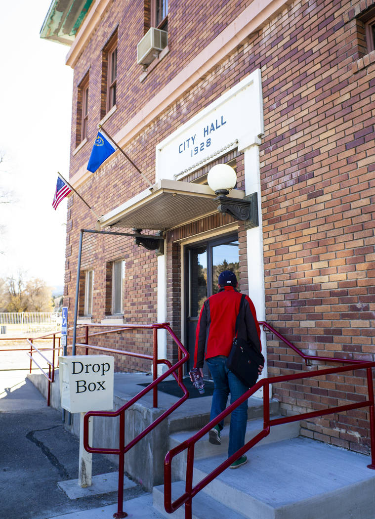 Ely Mayor Nathan Robertson heads to Ely City Hall on Tuesday, Nov. 5, 2019. (Chase Stevens/Las ...