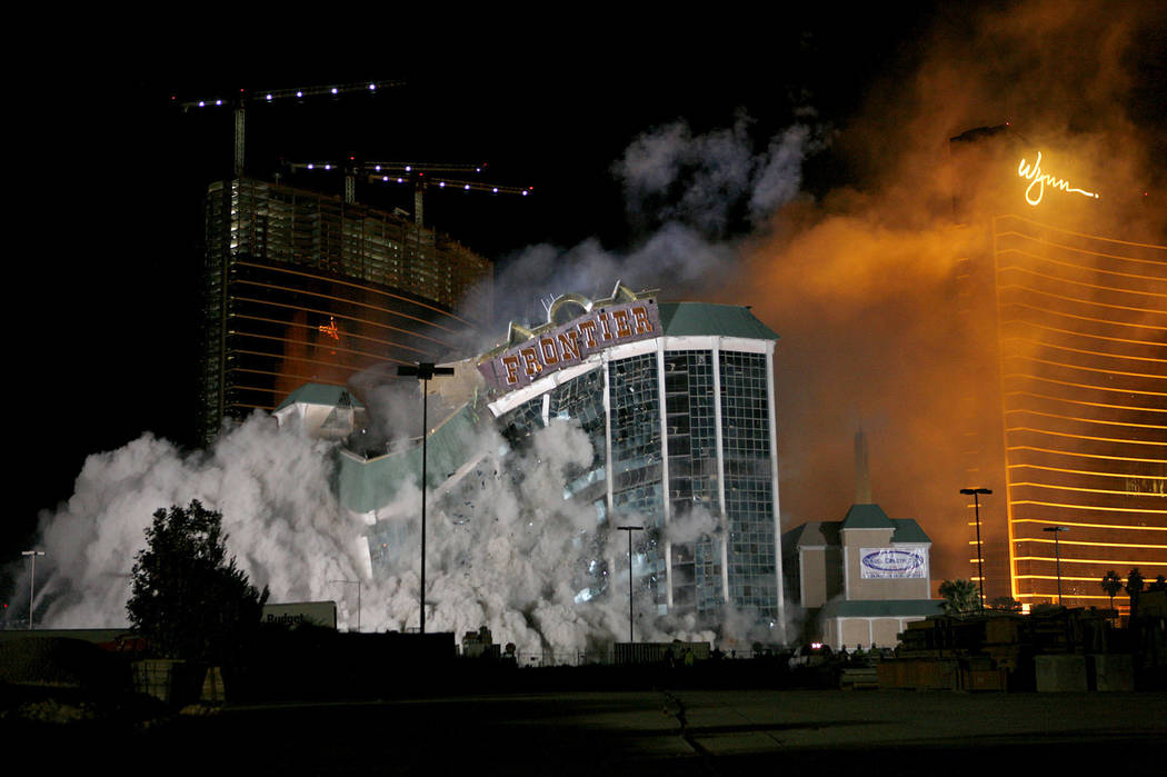The New Frontier is imploded Tuesday, Nov. 13, 2007, on the Las Vegas Strip. (Las Vegas Review- ...