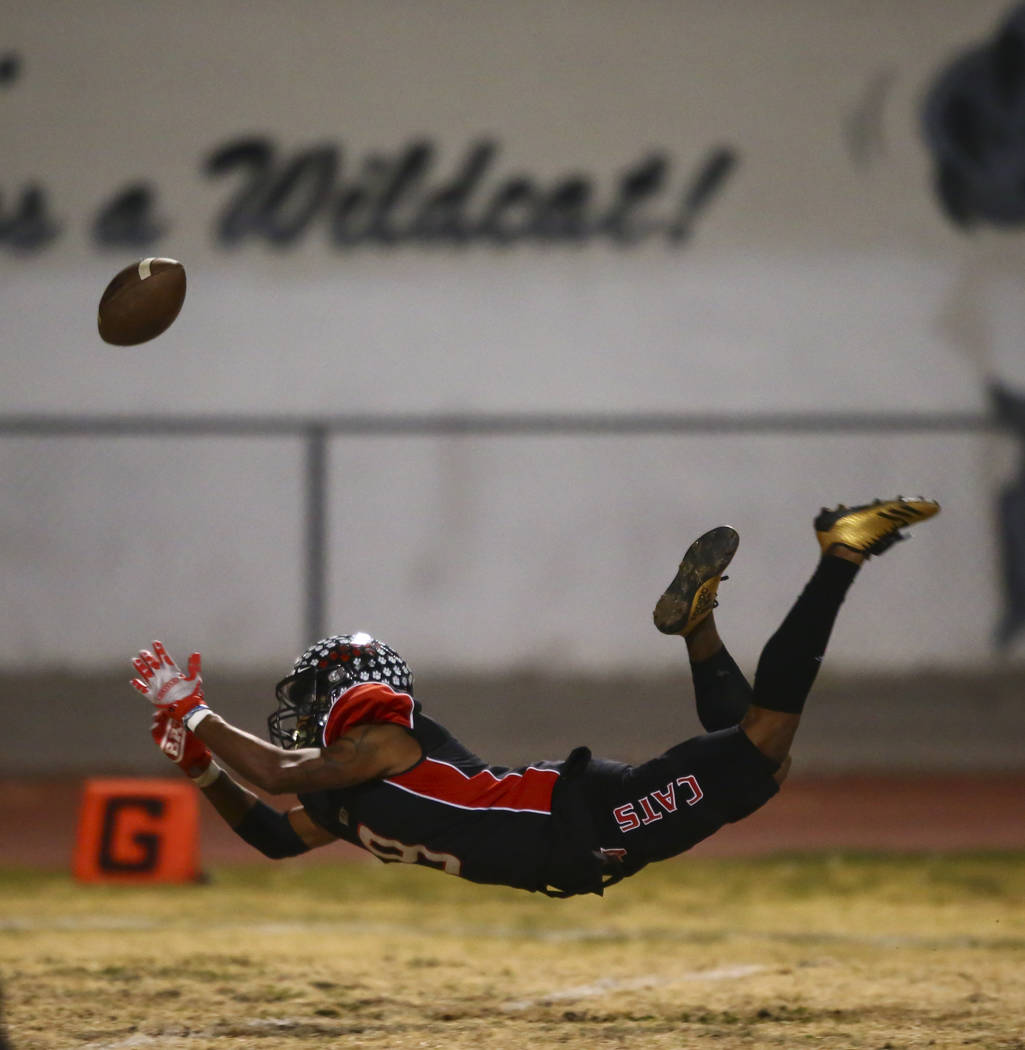 Las Vegas' Devyn Perkins (9) fumbles a catch just outside of the end zone during the first half ...