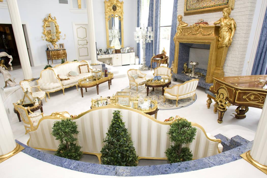 The living room at Wayne Newton's former home, Casa de Shenandoah, Oct. 20, 2010, in Las Vegas. ...