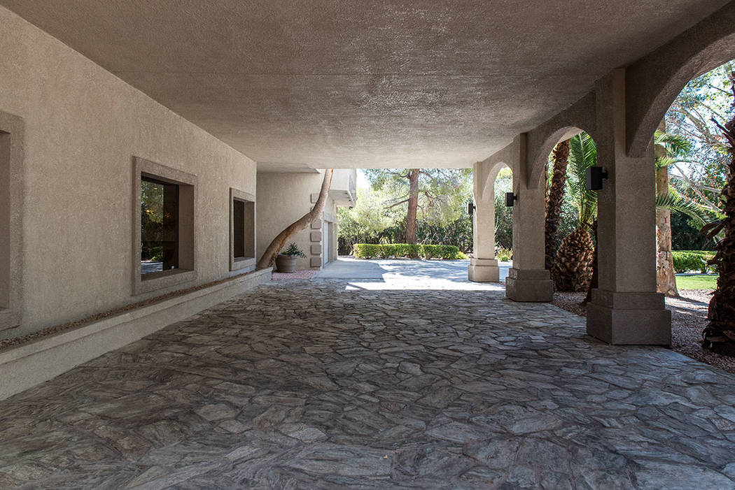 The 4,750-square-foot guesthouse has an expansive, covered patio. (Simply Vegas)