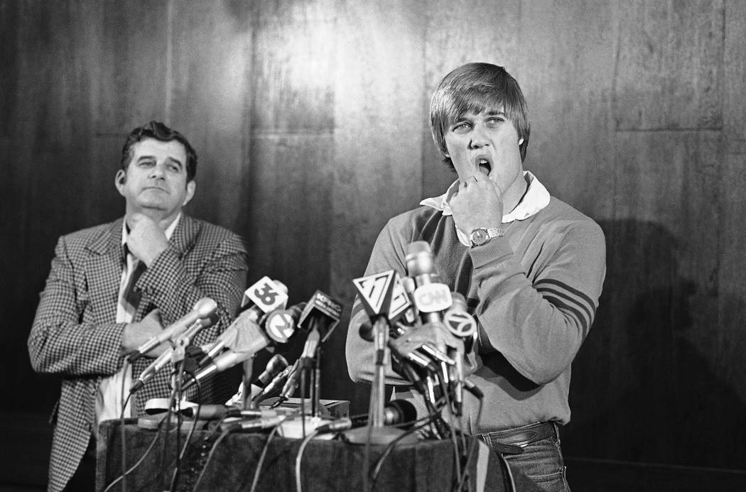 Stanford university quarterback John Elway announced that hell play baseball for the New York Y ...