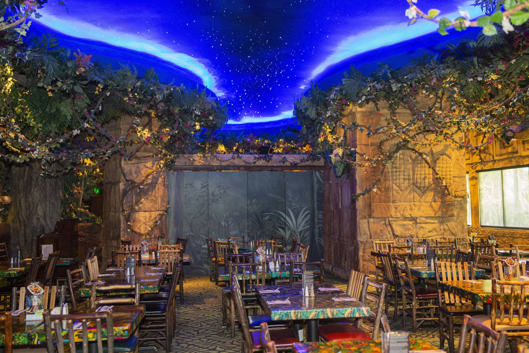 Rainforest Cafe in the Miracle Mile Shops on the Las Vegas Strip, Friday Nov. 15, 2019. (Elizab ...