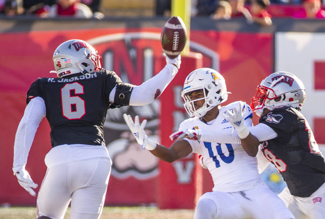 UNLV Rebels linebacker Rayshad Jackson (6) deflects a pass intended for San Jose State Spartans ...
